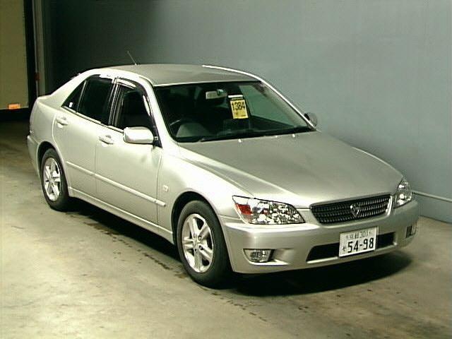 купить японский автомобиль с правым рулем в новороссийске только